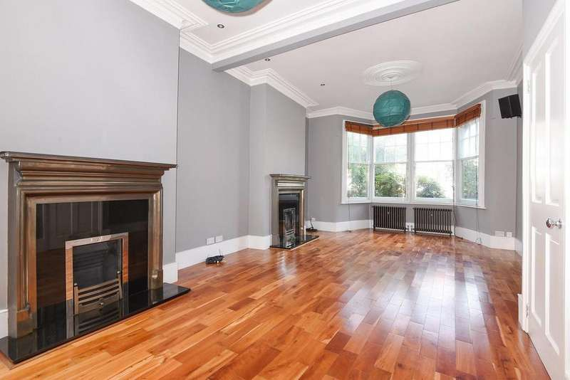 4 Bedrooms Terraced House for sale in Clovelly Road, Crouch End, N8
