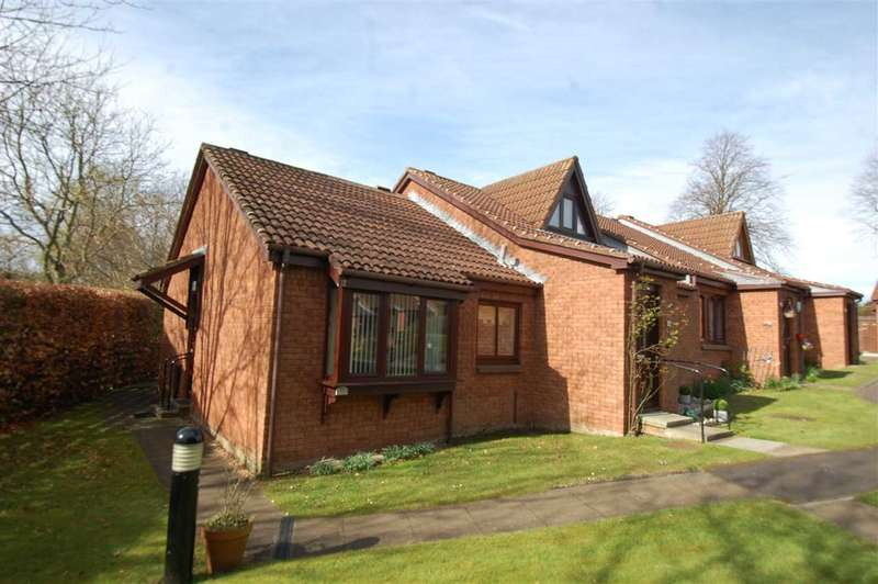 1 Bedroom Semi Detached Bungalow for sale in Carrick Drive, Dalgety Bay