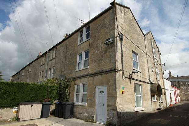 1 Bedroom Flat for sale in Flat 1, 61 Trowbridge Road, Bradford on Avon, Wiltshire