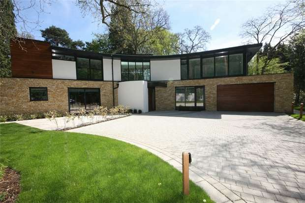4 Bedrooms Detached House for sale in Wilderton Road, Branksome Park, Poole, Dorset