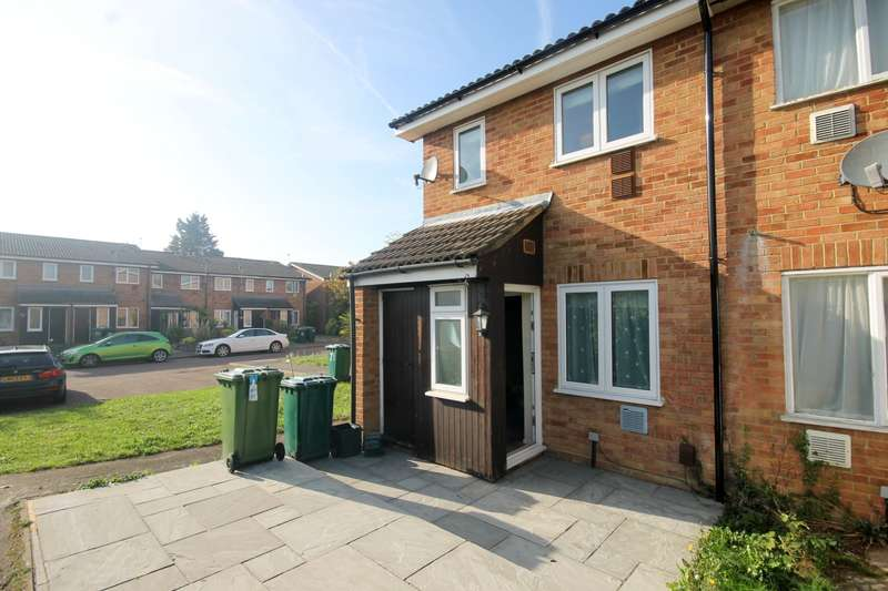 1 Bedroom End Of Terrace House for sale in Shellfield Close, Stanwell Moor, TW19