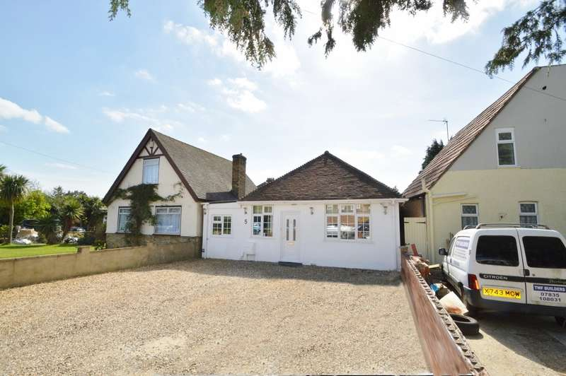3 Bedrooms Detached Bungalow for sale in Hill Rise, Langley, SL3