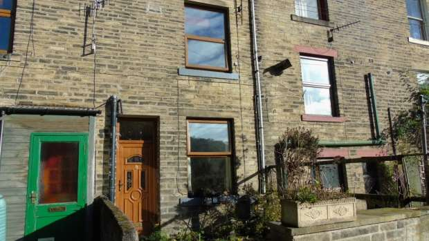 1 Bedroom Terraced House for sale in Windsor View Hebden Bridge