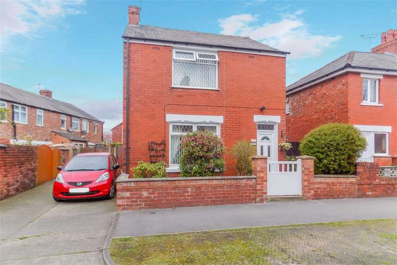 2 Bedrooms Detached House for sale in Clarence Street, Leyland, Chorley, Lancashire