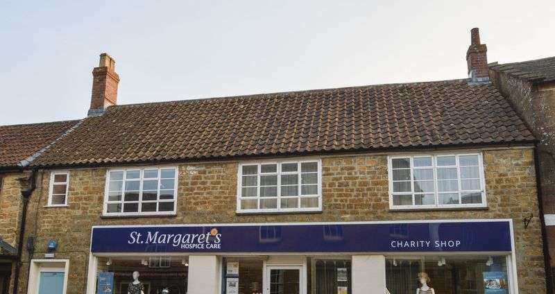3 Bedrooms Flat for sale in South Petherton