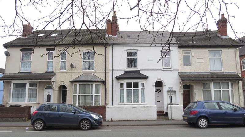 3 Bedrooms Terraced House for sale in Newhampton Road East, Wolverhampton