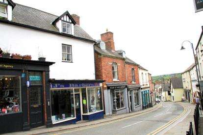 1 Bedroom Flat for sale in Clwyd Street, Ruthin, Denbighshire, LL15