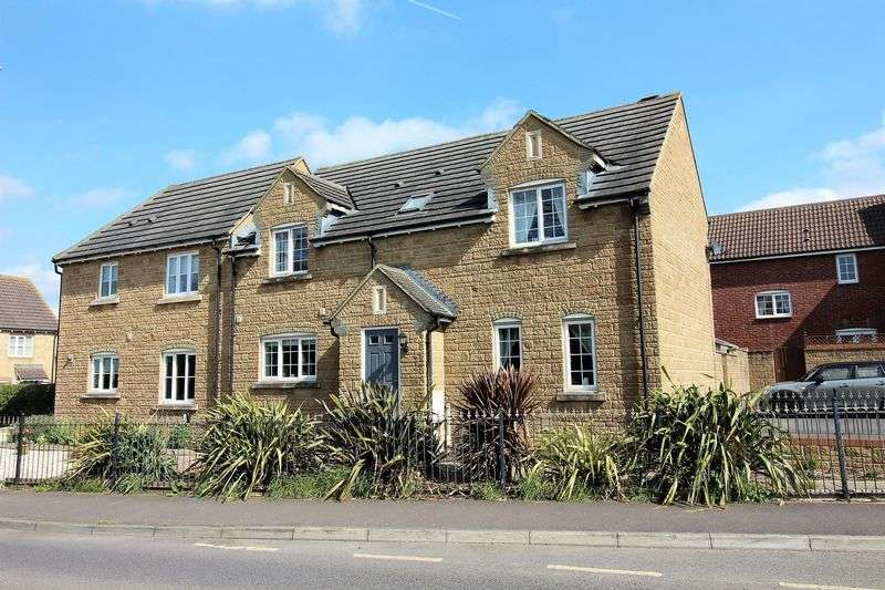 4 Bedrooms Semi Detached House for sale in Canal Way, Ilminster