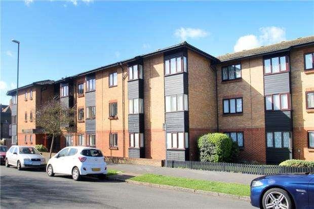 2 Bedrooms Retirement Property for sale in Oakland Court, Fitzalan Road, Littlehampton, West Sussex, BN17