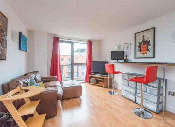 2 Bedrooms Apartment Flat for sale in WestOne City, Fizwilliam Street, Sheffield S1