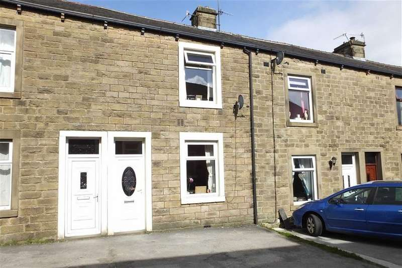 2 Bedrooms Terraced House for sale in Richmond Avenue, Barnoldswick, Lancashire, BB18