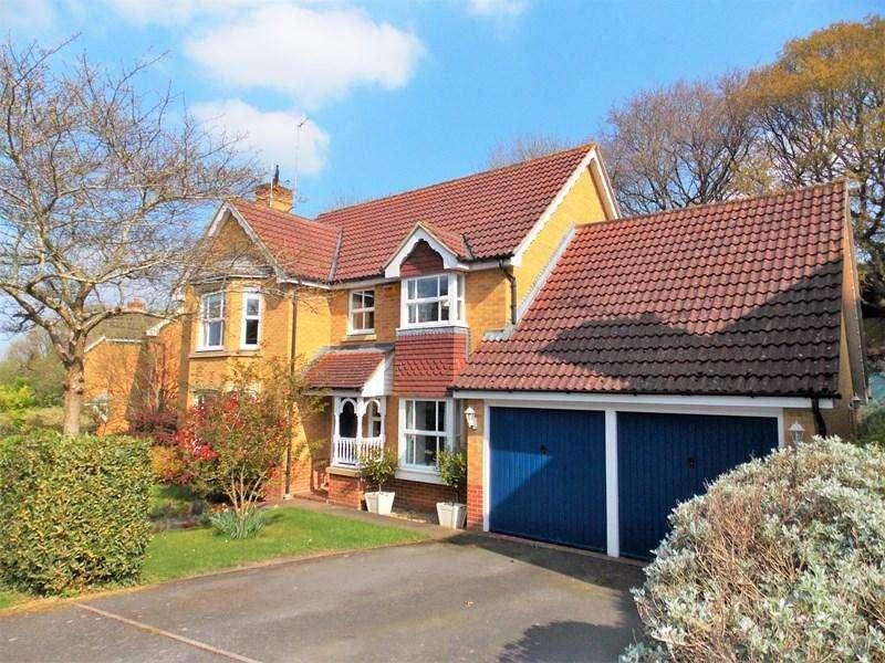 4 Bedrooms Detached House for sale in Barefoot Close, Tilehurst, Tilehurst