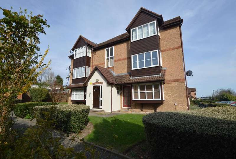 Studio Flat for sale in Orchard Grove Penge SE20
