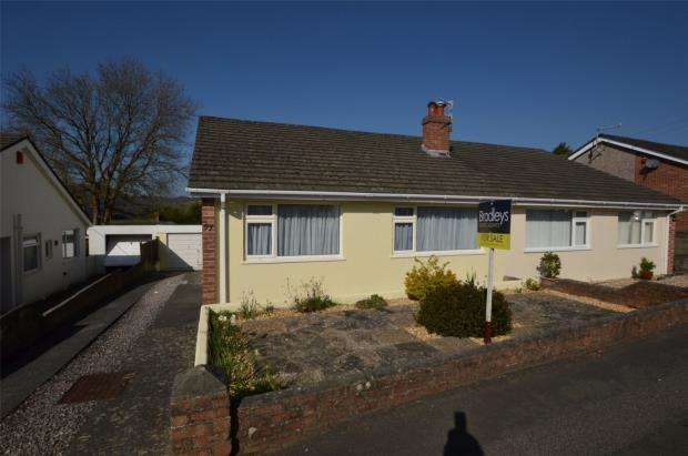 2 Bedrooms Semi Detached Bungalow for sale in Woodford Avenue, Plymouth, Devon