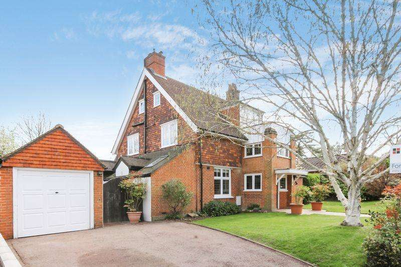 5 Bedrooms Unique Property for sale in ASHTEAD