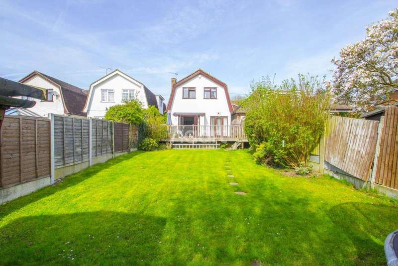 4 Bedrooms Detached House for sale in Underhill Road, Benfleet
