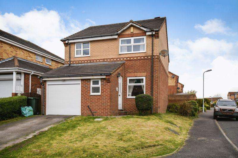 3 Bedrooms Detached House for sale in Bootham Park, Bradford