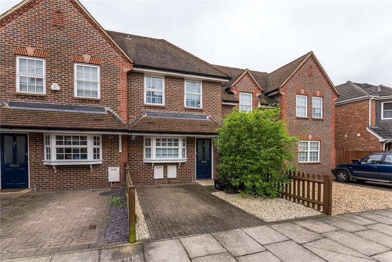 2 Bedrooms Terraced House for sale in Churchview Road, Twickenham, TW2