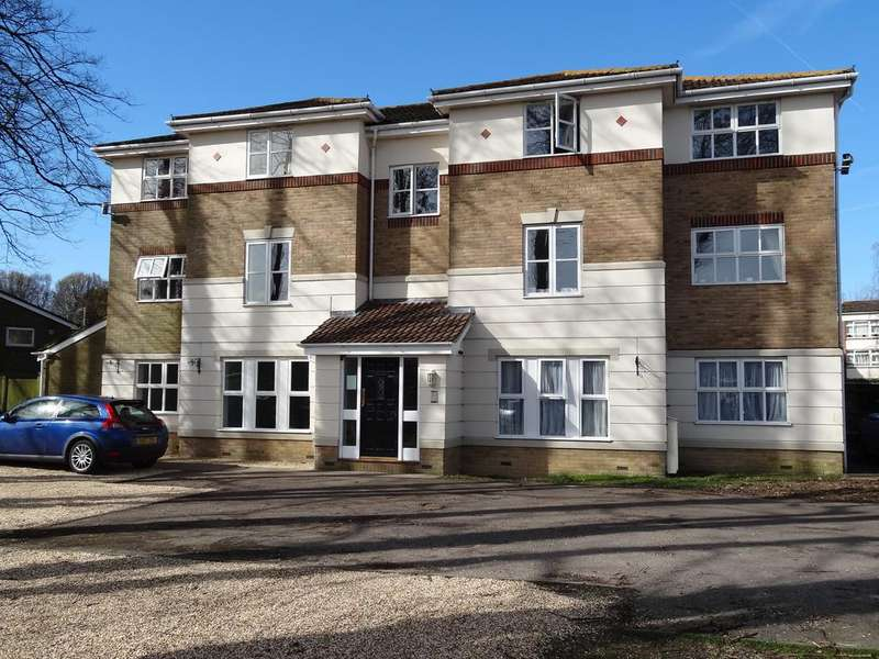 2 Bedrooms Flat for sale in Harvester Close, Chichester PO19