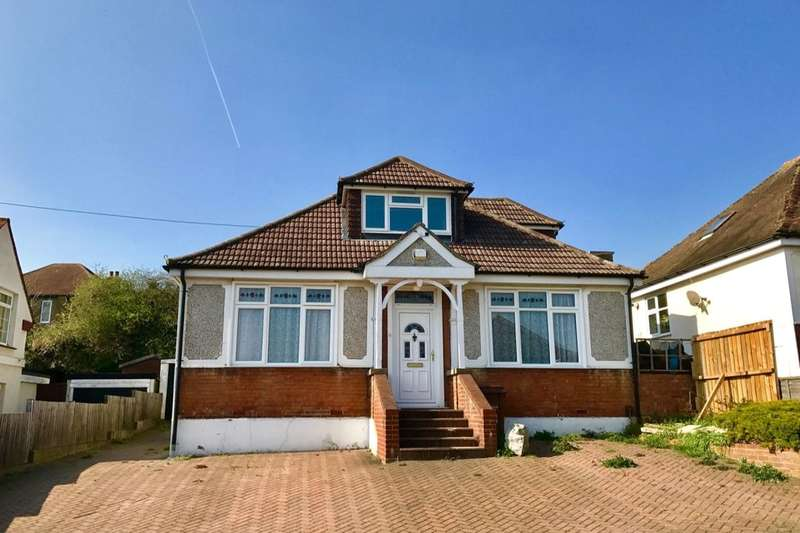 4 Bedrooms Detached Bungalow for sale in Ravenswood Avenue, Rochester, ME2
