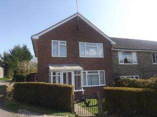 3 Bedrooms Terraced House for sale in Withypitts East, Turners Hill, West Sussex