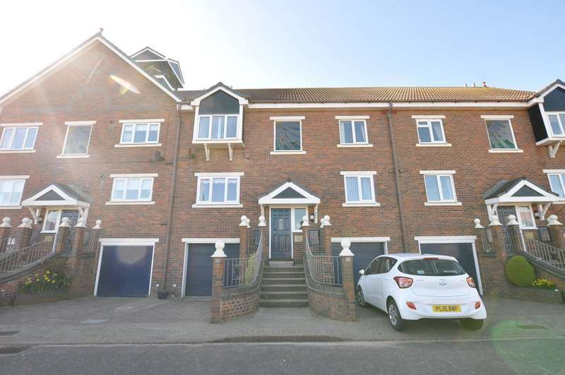 2 Bedrooms Apartment Flat for sale in Summerfields, St Annes, Lancashire, FY8 2TR