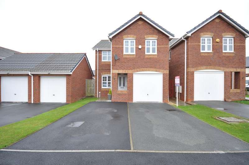 4 Bedrooms Detached House for sale in Keats Close, Bispham, Blackpool, Lancashire, FY2 0GF