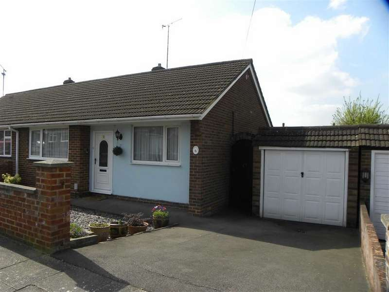 3 Bedrooms Property for sale in Matlock Crescent, LUTON, Bedfordshire, LU4