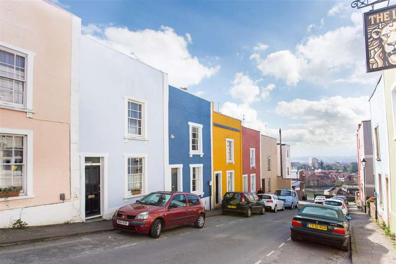 2 Bedrooms House for sale in Church Lane, Cliftonwood