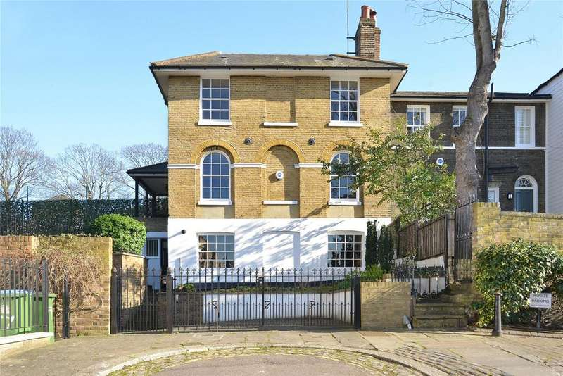 3 Bedrooms House for sale in Georgette Place, Greenwich, London, SE10