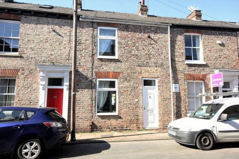 2 Bedrooms Terraced House for sale in 45 Hampden Street Bishophill York YO1 6EA