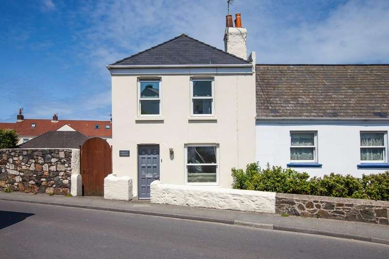 2 Bedrooms Semi Detached House for sale in Le Bouet, St. Peter Port, Guernsey