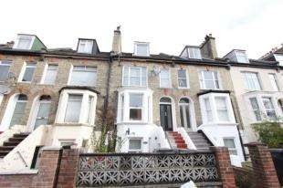 1 Bedroom Flat for sale in Clifton Road