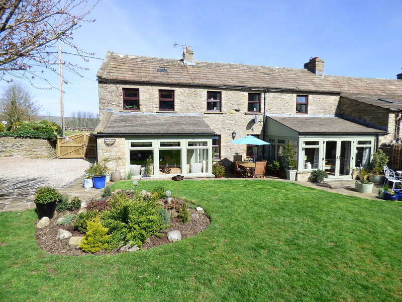 4 Bedrooms Unique Property for sale in Langthwaite Barn, West Witton