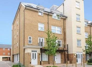 2 Bedrooms Flat for sale in Wells View Drive, Trinity Village, Bromley, Kent, BR2 9TU