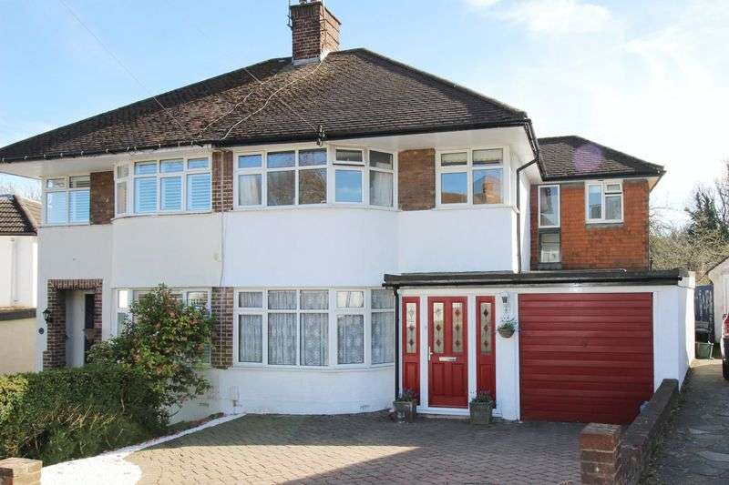 4 Bedrooms Semi Detached House for sale in South Drive, Orpington