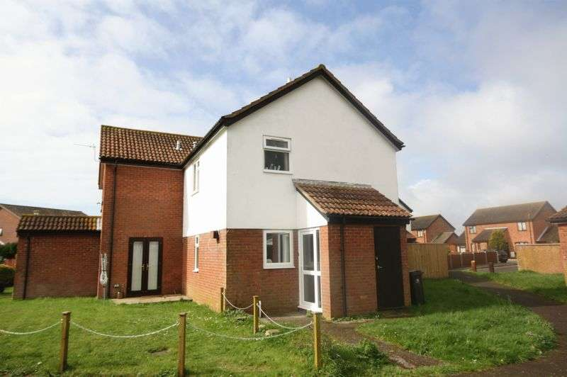 2 Bedrooms Semi Detached House for sale in Speedwell Drive, Christchurch