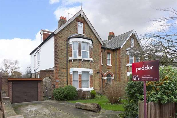2 Bedrooms Maisonette Flat for sale in Lennard Road, Penge