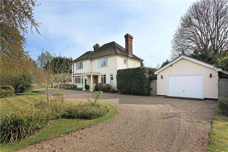 4 Bedrooms Detached House for sale in Queen Street, Paddock Wood, Tonbridge, Kent, TN12
