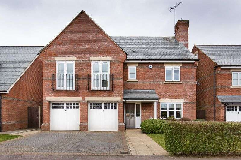 5 Bedrooms Detached House for sale in Rosemary Drive, St. Albans