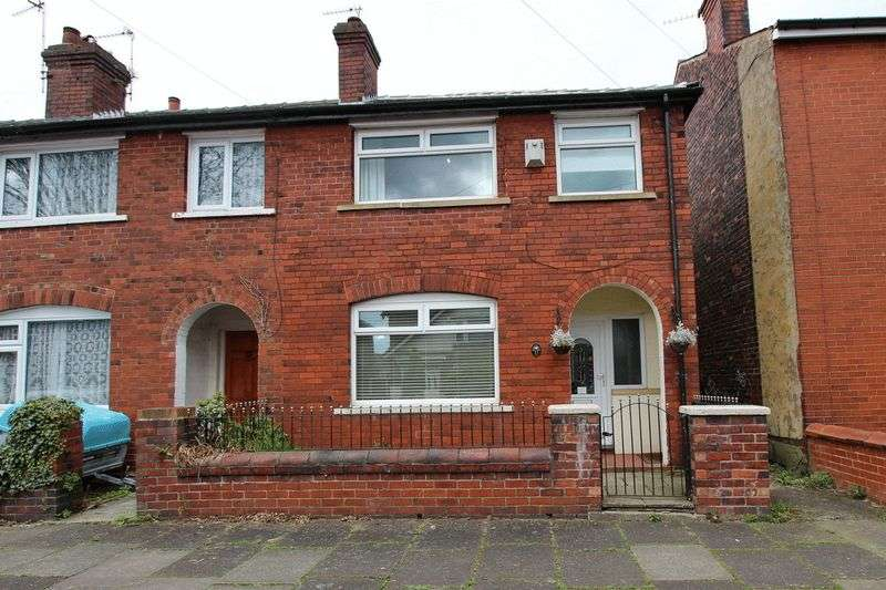 3 Bedrooms Terraced House for sale in Merton Road, Prestwich, Manchester