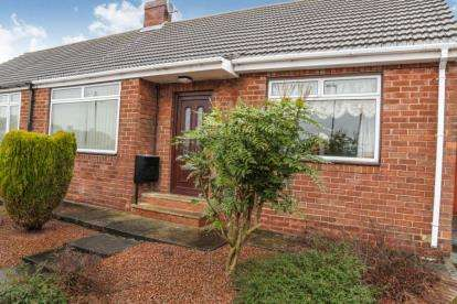 2 Bedrooms Bungalow for sale in Melrose Gardens, Houghton Le Spring, Tyne and Wear, DH4