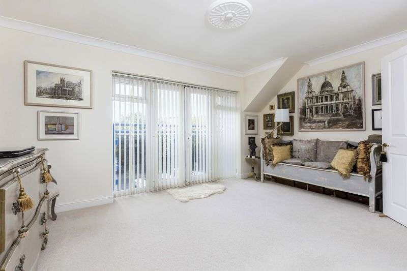 1 Bedroom Retirement Property for sale in 354 Sea Front, Hayling Island