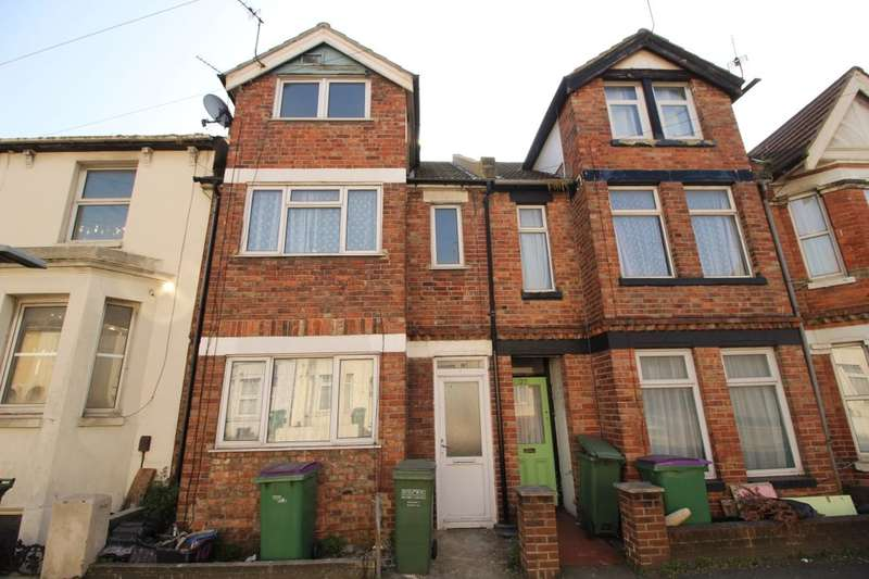 3 Bedrooms Property for sale in Pavilion Road, Folkestone, CT19