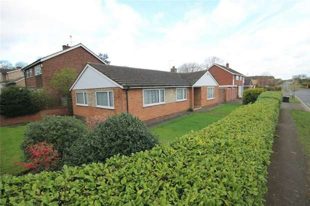 3 Bedrooms Detached Bungalow for sale in Brickhill Drive, Bedford