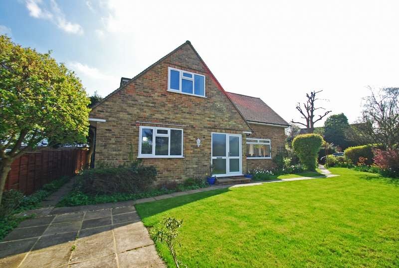 2 Bedrooms Detached House for sale in Church Road, Penn, HP10
