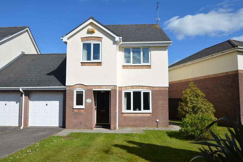 3 Bedrooms Semi Detached House for sale in Middlegate Court, Cowbridge, Vale Of Glamorgan, CF71 7EF
