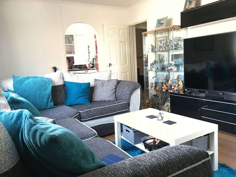 1 Bedroom Flat for sale in Abbotswood, Yate, Bristol