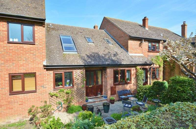 3 Bedrooms Terraced House for sale in The Laurels, Tetsworth