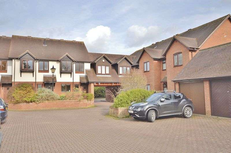 3 Bedrooms Terraced House for sale in Princes Risborough